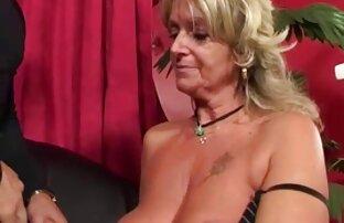 Baka uživa u jebenoj analnoj mašini