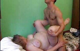 Dječak daje debeloj majci