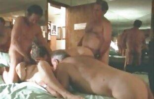 Stari swingeri imaju seks zabavu.