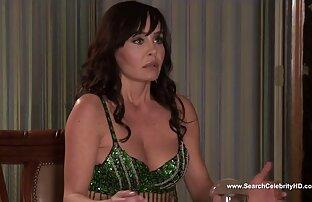 Kelly McCarty u Busty Housewives 2012 na Beverly Hillsu