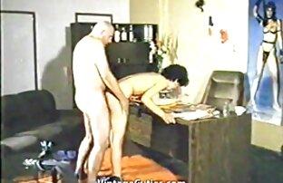 Žena nestašni suprug Uhvaćen u Vintageu 1970-ih