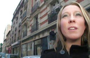 Francuska milf vara svog supruga s nama