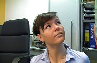 Vruća njemačka tajnica zajebava u crnim čarapama