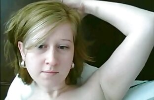Kuja u seksu prodaje vrući seksi video film na kameri