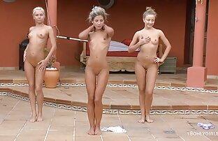 3 podmazane tinejdžerske lezbijke rade jutarnje vježbe