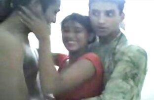 Besramna pakistanska djevojka koja se zabavlja sa svoja dva prijatelja