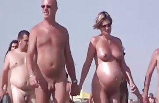 Goli šetač na plaži