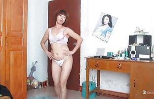 Kineska zrela dama pleše