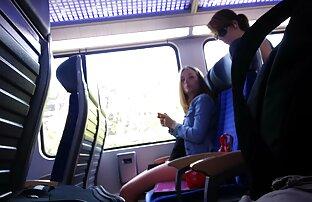 Djevojke snimaju u vlaku i sperma