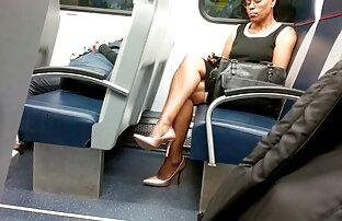 Zrele ebanovina žene seksi noge i visoke potpetice Slika seksi film