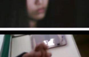 Korejka koja me gleda kako spermu