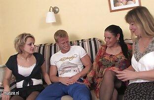 Veliki penis plavuša brineta grupni seks hardcore