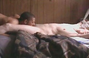 Bijelu kurvu sjebala u orgazam velikim crnim kuracom 1.