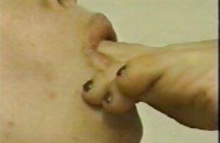 Lezbijke ližu noge bez zvuka