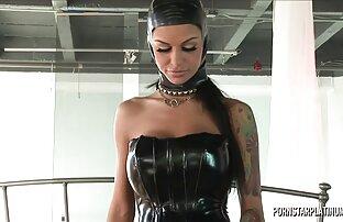 Angelina Valentine u Veronici po pravilu