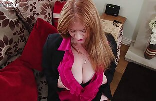 Britanska mama s velikim grudima obrijane mace
