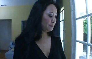 Azijska mama vruća vrtlarica