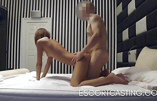 Mršava tinejdžerka uhvatila je pratnju na skrivenoj kameri u hotelu