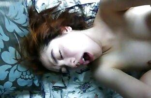 Napaljena djevojka snima seks sa svojim dečkom