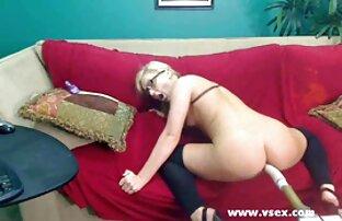 Ally doggy style web kamera za seks