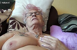 Vrlo stara njemačka baka i njezine sise