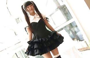 Softcore azijske suknje i bikini zadirkivanje