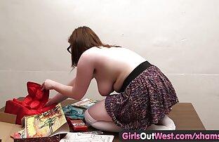 Girls Out West - bucmaste amaterske slatke igračke otimaju joj kosu