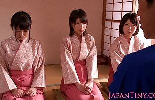 Prekrasne mađarske japanske kimono komadi skaču na prijatelja
